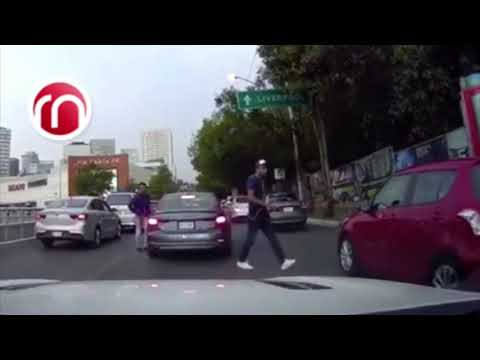 Ladrones roban a un automovilista en CDMX